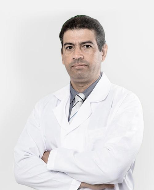 Dr. Kleber César